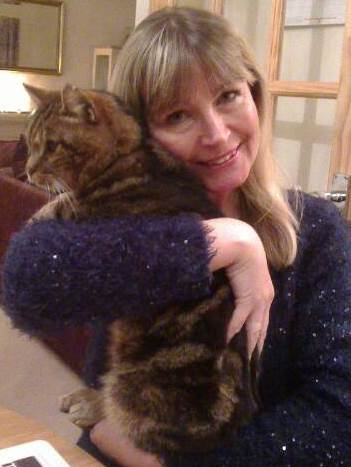 cat sitter sussex with cat
