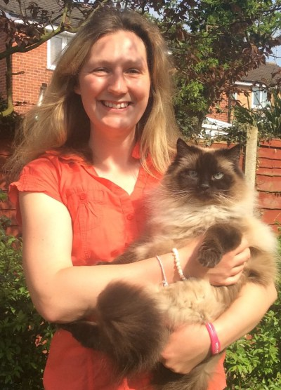 Leicester cat sitter Lyndsey Wale